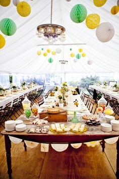 A cheery setting for a wedding reception.