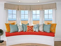 Try Beach-Chic in Tangerine Tango: Decorate With Pantone's 2012 Color of the Year from HGTV