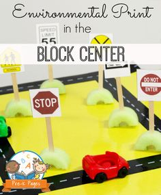 Environmental Print Traffic Signs Free Printable for your Block Center in #preschool and #kindergarten