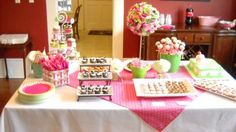 pink and green birthday table