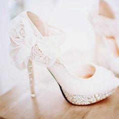 lace wedding shoes...