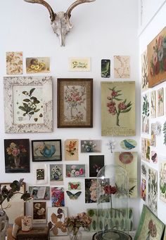 I would love to reproduce this wall full of floral pictures..