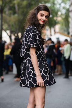 cup, fashion, nataliaalaverdian, giraff print, dress, red lips, street styles, animal prints, natalia alaverdian