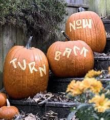Google Image Result for http://2.lushome.com/wp-content/uploads/2010/10/pumpkin-halloween-decorations-decorating-stairs-ideas-entry.gif