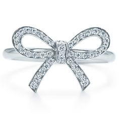 diamonds and a bow, and its tiffany!