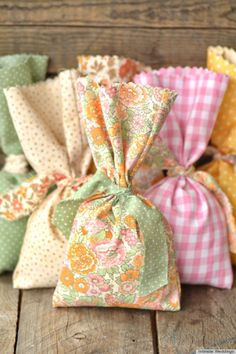 7 No-Sew Crafts: make a felt box, cloth bag, or even a small child's hat. Any of these three would be sure to bring giddy smiles!