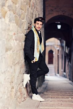 Outfit for man. Look para hombres, pour homme. https://www.facebook.com/bagatelleoficial Bagatelle Marta Esparza   #outfit #hombres #hommes hombr fabuloso, mariano di vaio, yellow submarin