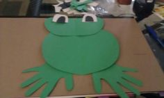 Frog with hand print feet