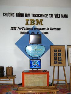 TryScience Kiosk - Vietnam Museum of Ethnology, Photo from bettinac via Flickr