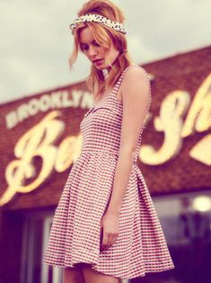 camille rowe4 Camille Rowe Sports Americana Style for Free Peoples June Lookbook