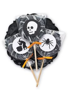 Halloween Silhouette Lollipop Labels How-To