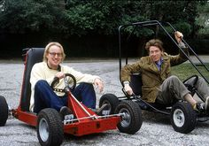 Owen Wilson and Wes Anderson on the set of RUSHMORE.