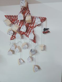 Calendario adviento con casitas de papel