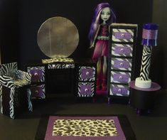 DIY Monster High furniture