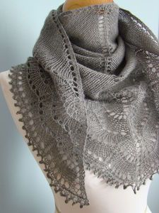 knitted scarf -beautiful free pattern