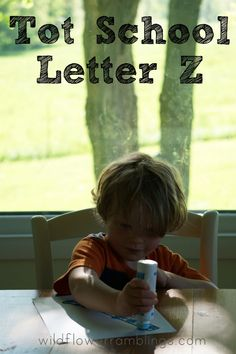 Tot School Printables Letter Z is for Zipper from Wildflower Ramblings #totschool