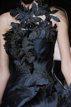 Balerion the Black Dread: Giles Spring 2014 † #hautegoth #fashion #goth #gothaesthetics #hautecouture #couture #dress #gown #Giles #SS2014 #Spring #Summer #2014