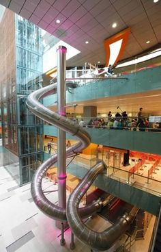 The airport in Singapore has a SLIDE. A freaking SLIDE. I want to go to Singapore!