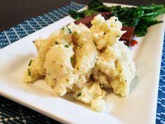 Mashed Cauliflower with Roasted Garlic & Chives #vegan #recipe