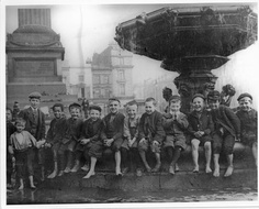 Victorian 'Street urchins' in Liverpool. Image from the Liverpool Daily News.