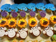 Jungle Themed Cupcakes for a Jungle Themed Party I catered