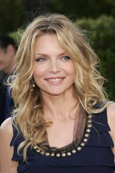 Michelle Pfeiffer curly hairstyles, hair colors, michelle pfeiffer, long hairstyl, beauti, ageless beauty, actress, hair looks, michell pfeiffer