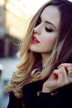 face makeup, hair tutorials, hair colors, ombre hair, blondes, red lips, beauti, lip colour, eye