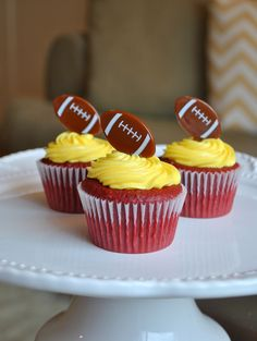 Chocolate cupcake w/yellow (gold) frosting- go lions!