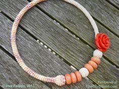 Coral Rose Designer Necklace :: Free Crochet Pattern