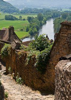 Beynac, France by Alpenstrasse.