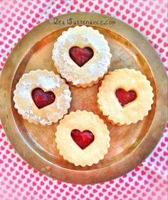 ... Linzer Cookies. (Gluten/Grain/Egg/Dairy/Sugar Free. Paleo & Vegan