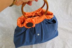 He Loves Me Not Handbag - This free purse pattern is incredibly easy and quick to make and costs almost nothing. It can even be a great way to use up those awkwardly sized scraps that are too big for small projects but too small for a garment or quilt.