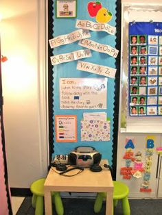Clutter-Free Classroom: Listening Centers - Setting Up the Classroom Series
