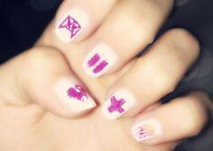 Justin Bieber nails design