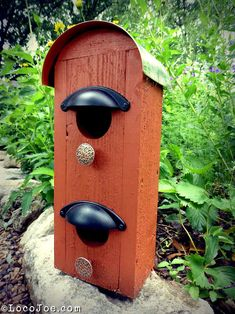 Love this birdhouse made from odds and ends!
