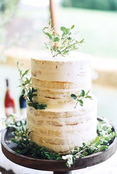 Naked cake Stephanie Yonce Photography and Amore Events by Cody