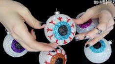 DIY | Glitter Halloween Eyeballs!