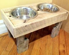 Reclaimed rustic pallet furniture dog bowl stand pet feeding station with 2 stainless steel bowls