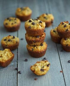 (Paleo) Choc Chip Mini Muffins