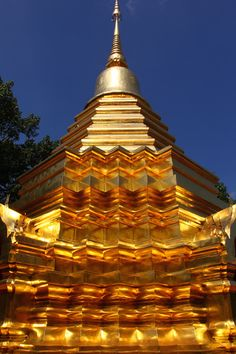 Temple in Chiang Mai, Thailand--photo by Bertrand Linet
