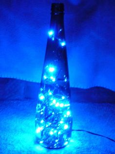 Super original: botella de vino reciclada en lámpara LED