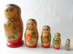 Vintage Wood Matryoshka Russian Nesting Dolls 5 Piece Original Paper Label USSR Circa 1970s Babushka £18 #FollowVintage