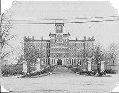 Jonas Clark Hall and main gates in 1913-1914.