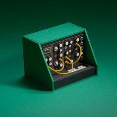 Analog Synth by Dan McPharlin | -::[robot:mafia]::- .ılılı. electronic beats ★ visual art .ılılı.