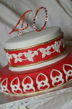 Cutwork Red Rose and Hearts Cake