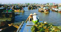 The floating marketing in the Southwest of Vietnam
