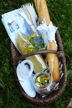 Just a lovely little basket and a bit of food and drink to share with a friend.