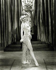 Vivian Vernon    Vintage photo of a 1920's-era showgirl..