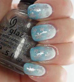 The Mercurial Magpie - Nail Art - Snowflake Gradient Nails