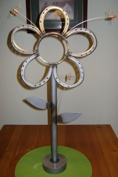 diy projects with horseshoes | Miller - Welding Projects - Idea Gallery - Horse Shoe Flower